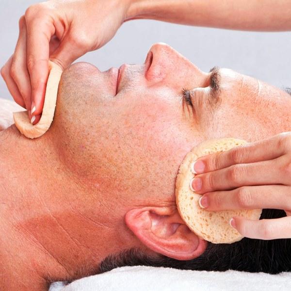 Limpeza de pele, hidratação, revitalização